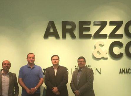 novo cliente: Arezzo