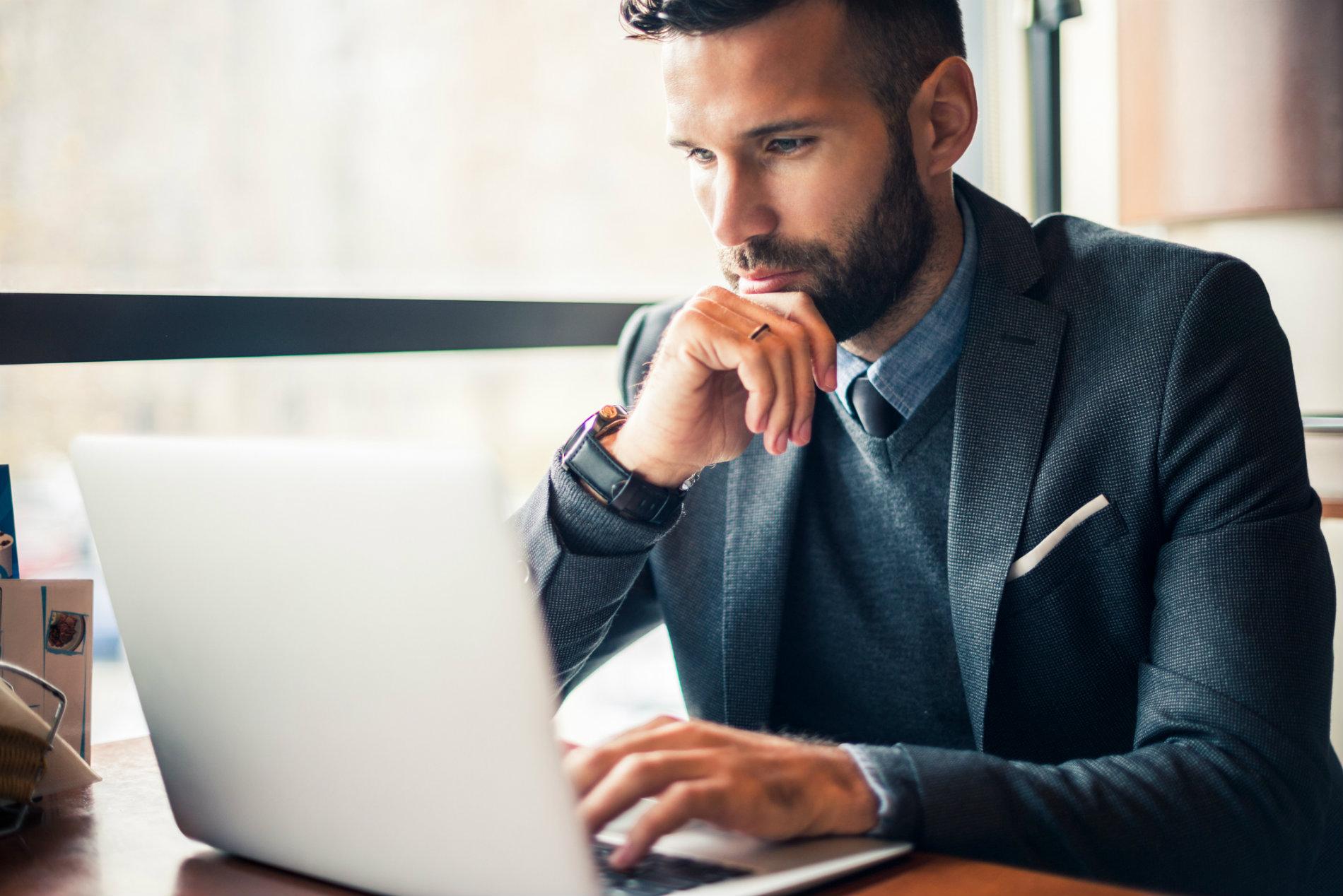 Como a terceirização pode ajudar a sua empresa a ter mais foco no cliente?
